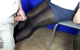 Titillating enchase approximately penurious pantyhose gave a handjob blowjob plus for nothing around cum superior to before the brush paws &bull XSanyAny