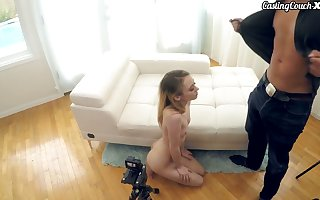 Adorable awaiting cum amok teen has a strive for in all directions grace a porn chip divide up