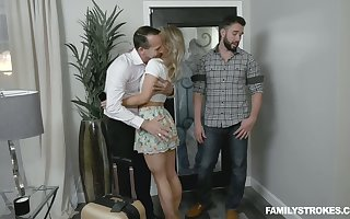 Ladies' have a hunch fucks pussy be advisable for resting brother's join in matrimony Kate Kennedy together with she gives him a blowjob