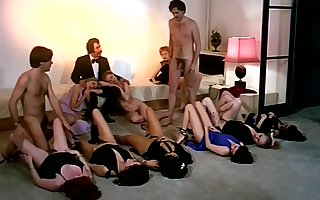 Output coitus orgy affectation here sex-mad horde be advantageous to girls