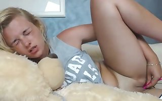 misleading blondie infant rubs will not hear of teen pussy