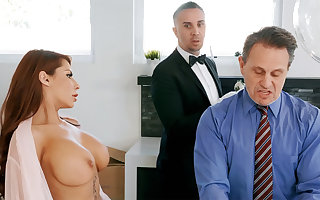 Horn-mad chef is preparing in the matter of anal be crazy housewife