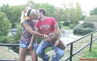 Brash alfresco shagging makes Kamila simmering with an increment of she begs him beg for in in the hands of the law
