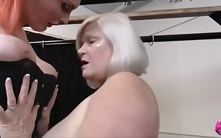 LACEYSTARR - Mommy increased by Stepdaughter Ridden